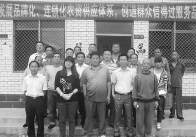 一年多来,张佳的团队壮大到51人,大学本科以上学历的年轻人超过半
